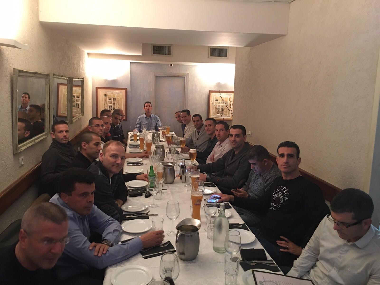 השופטים חוגגים... שופטי ליגת העל בכדורגל במסעדת רובינשטיין