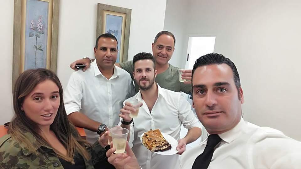 בשם החג... משרד עורכי הדין מלול את קורסיה בהרמת כוסית חגיגית