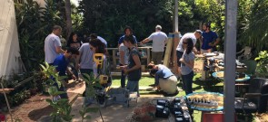 ההתנדבות בקהילה זה חלק. עובדי פריון בכפר עידוד - 1