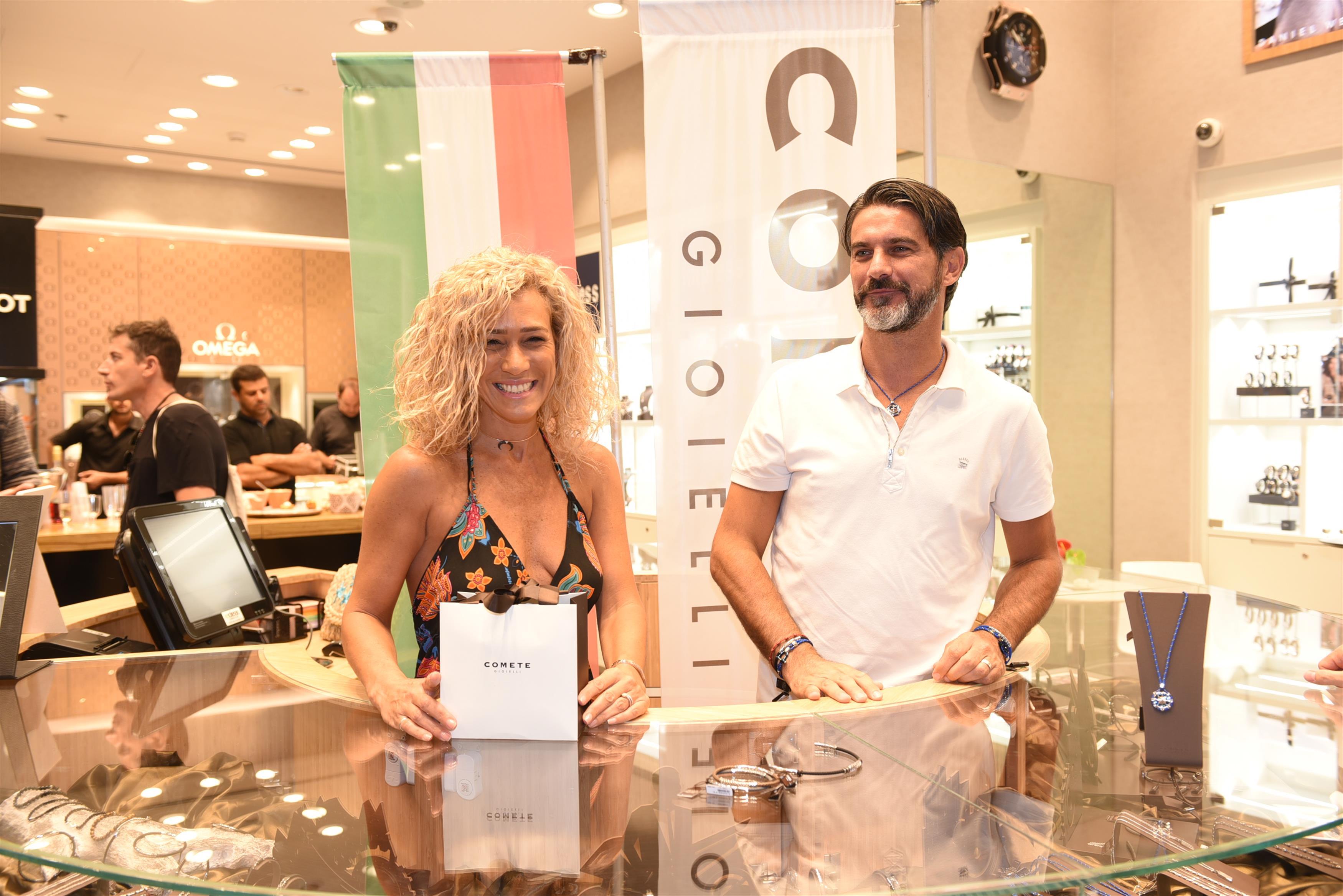 זוג מנצח... ג'ובני רוסו והאישה שלצידו בהשקת מותג תכשיטי הגברים האיטלקי Comete צלם - אלעד גוטמן