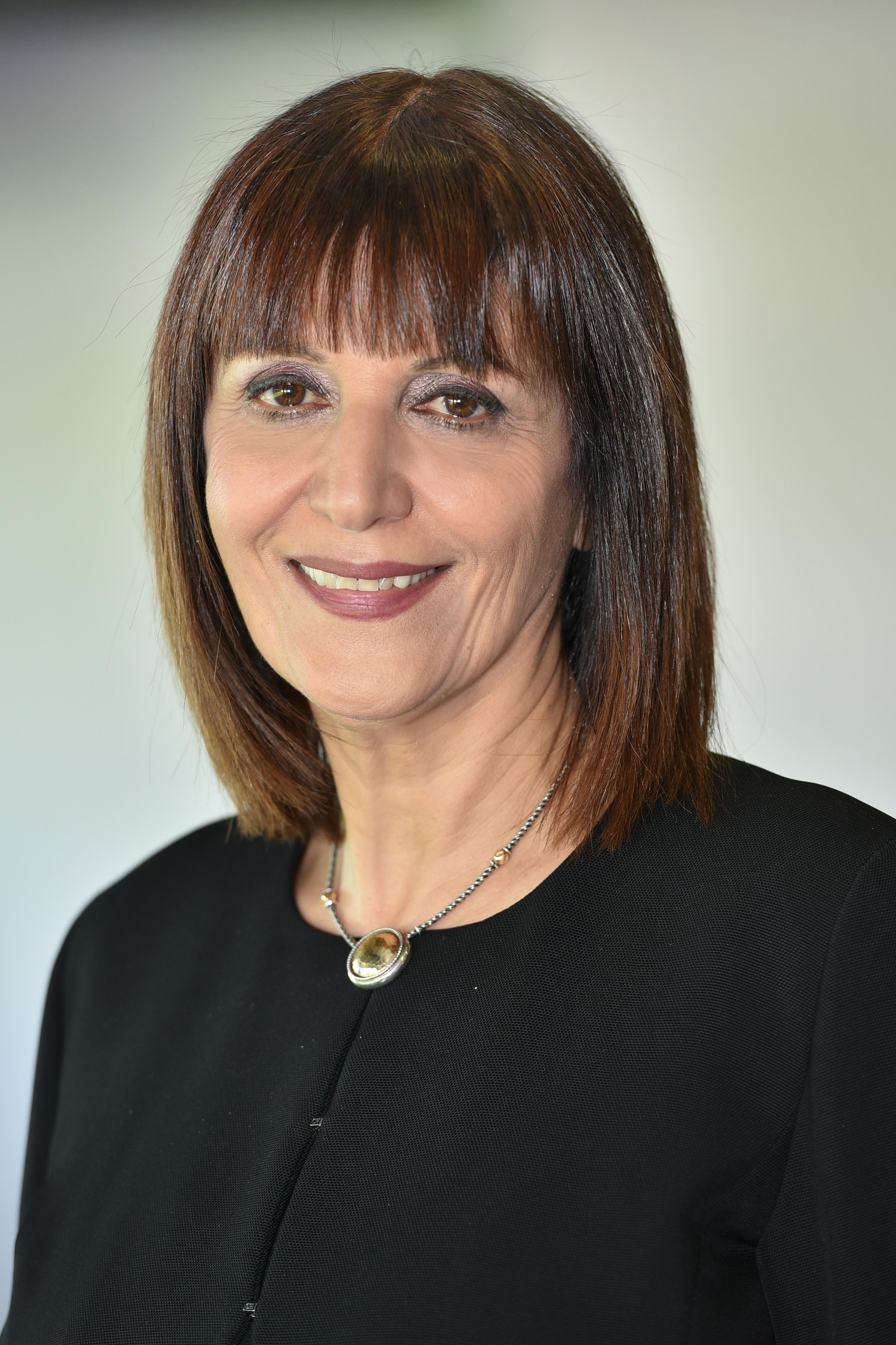 טובה דולב - ראש מינהל חינוך וחברה