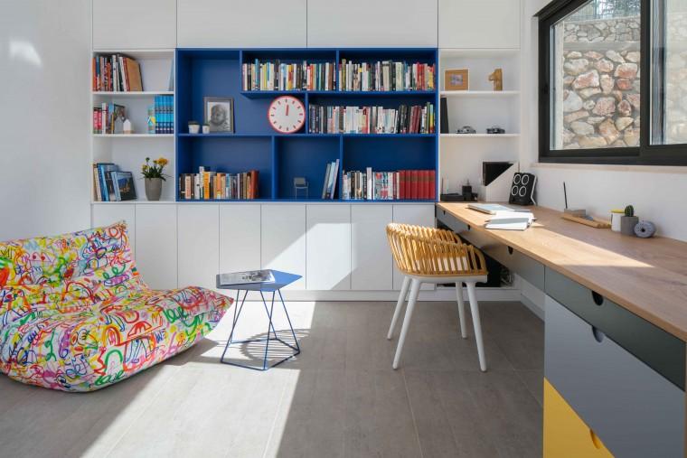 כחול ולבן בחדר הילדים פרויקט בעיצוב סטודיו דולו _צילום עוזי פורת
