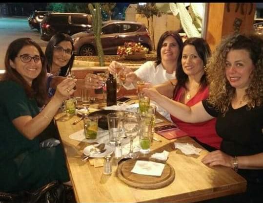 לחיי ימי ההולדת... בנות ס.ע.ן פרסידא חוגגות במסעדת סטייק האוס