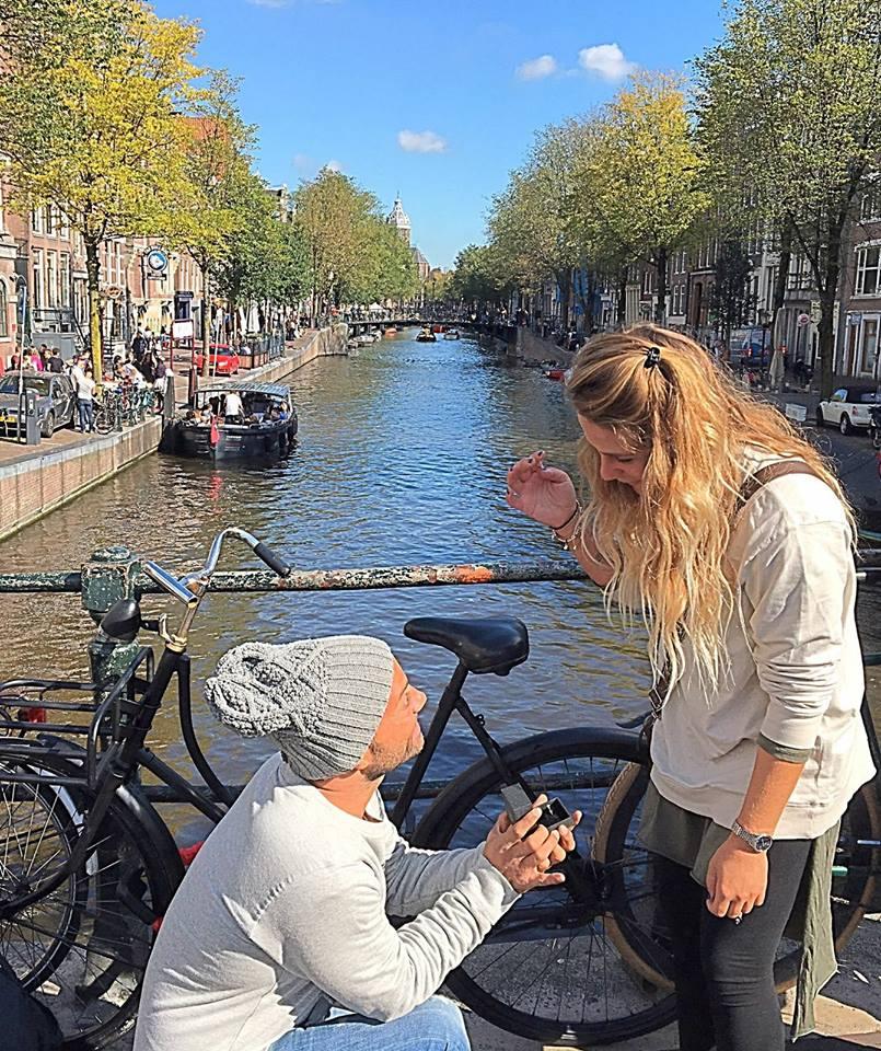 מצא את שאהבה נפשו... איתמר סמדג'ה כורע ברך ולוקח לאישה את לואיזה באמסטרדם