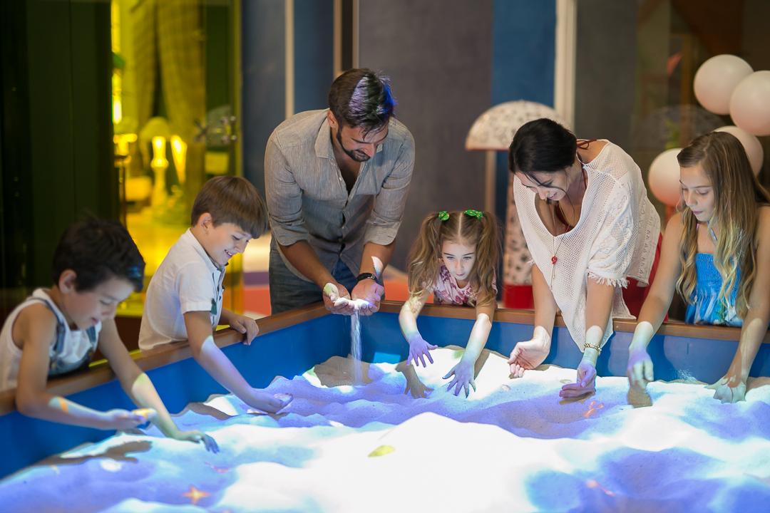 משחקי ילדות אינטראקטיביים בקניון עיר ימים בנתניה בחינם צילים בריז קריאיטיב (2)