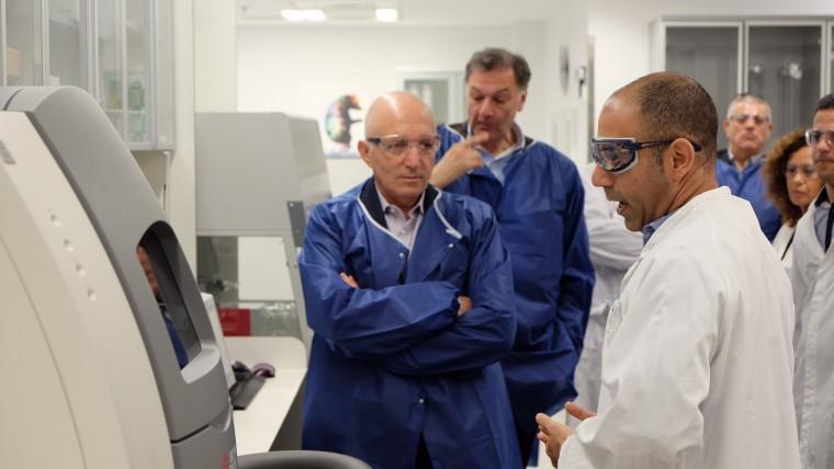 מתקדמים בטבע דר מייקל היידן, נשיא המופ הגלובאלי והמדען הראשי של טבע