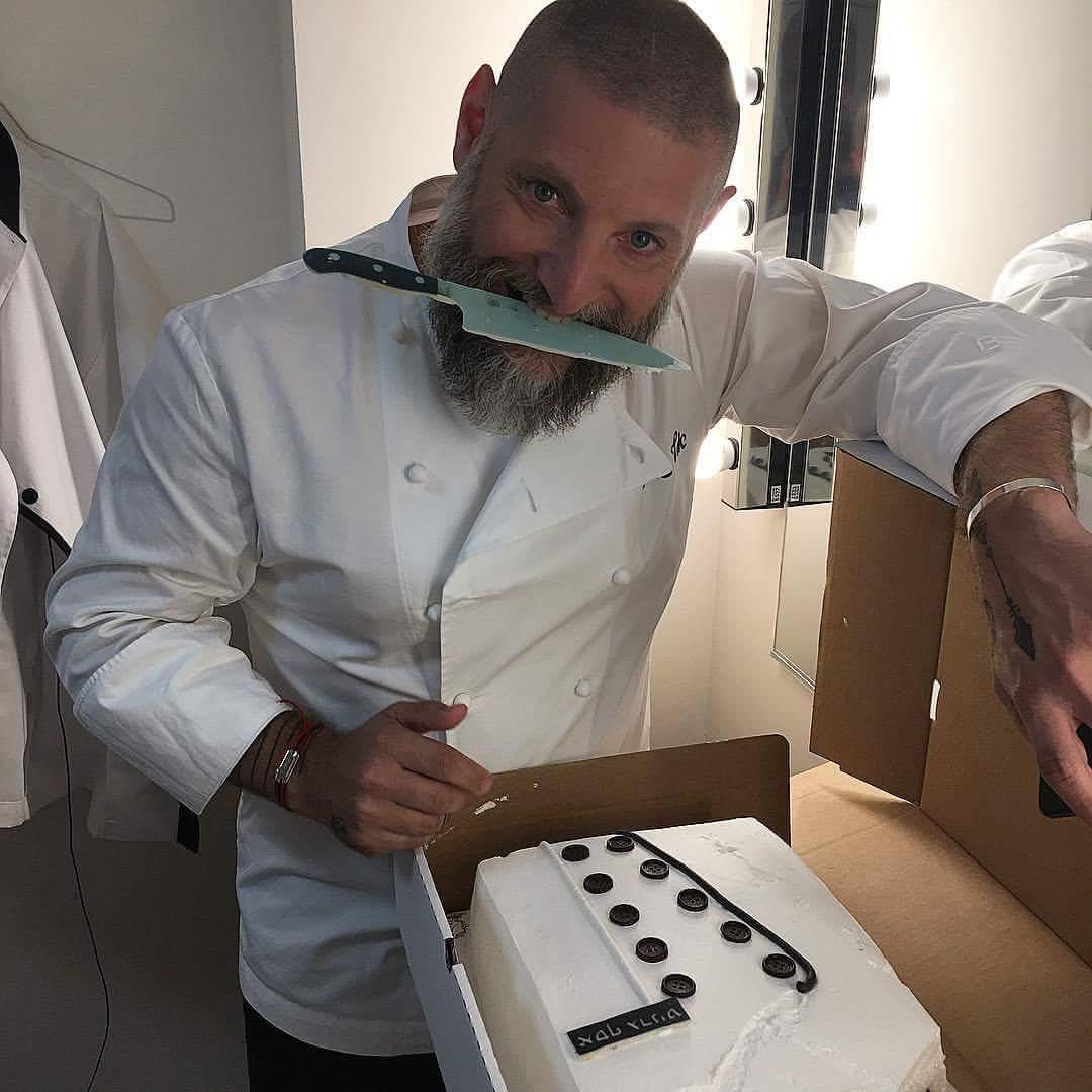 עוגה כנגד עוגה... השף אסף גרניט ואיציק כהן מפתיעים לימי ההולדת