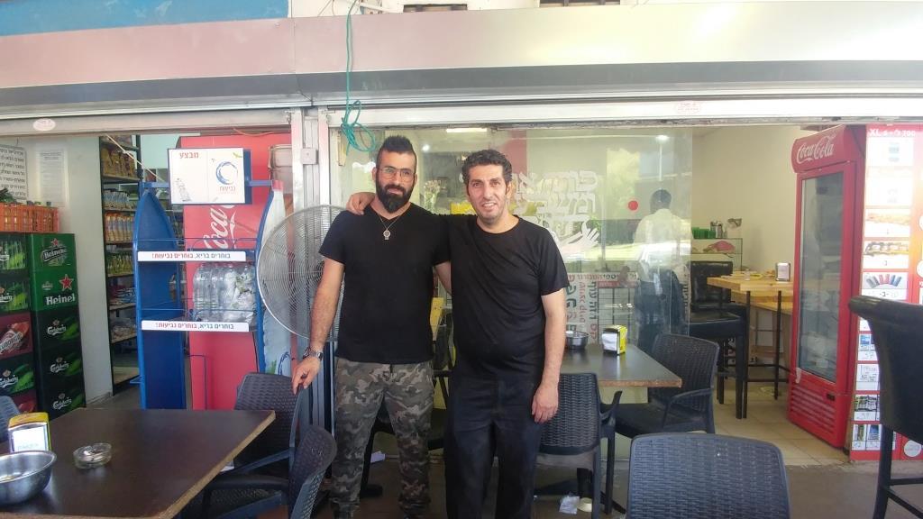 שיתוף פעולה טעים... השף אופיר חג'ג' ואמיר טוביאנה לפיצוציית פאי עכשיו גם כמסעדה